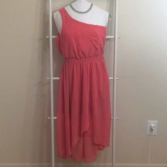 Doe and Rae Dresses & Skirts - Coral One Shoulder Urban Outfitters Dress
